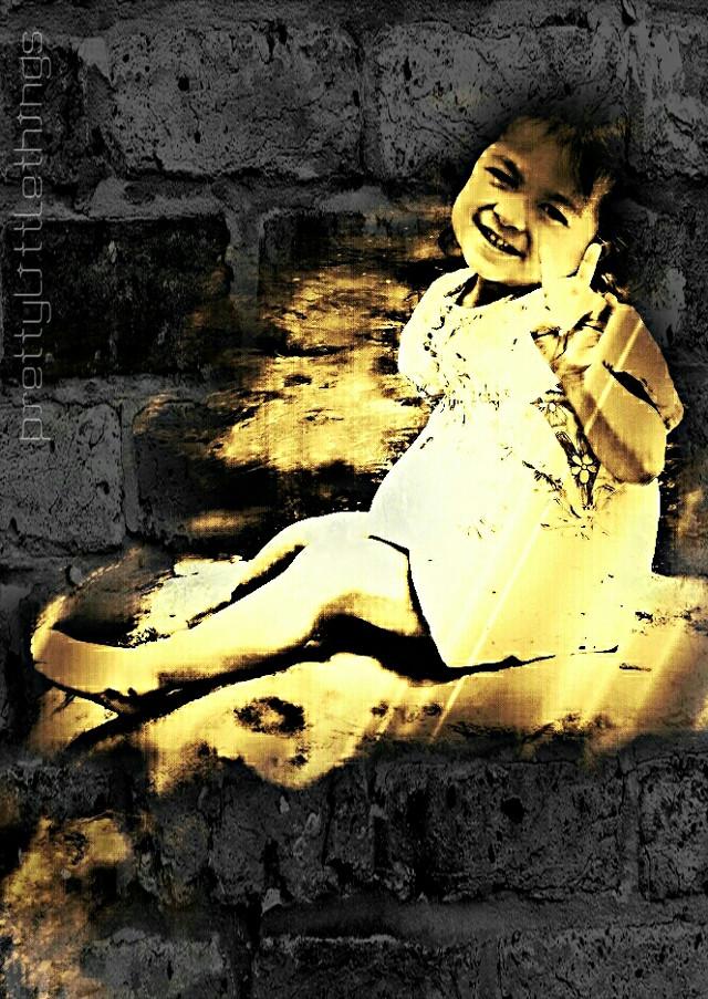 "lil niece ""Peace yo!!! #happychild   #baby #art #filmburneffect  Happy Tuesdays my friends & followers"