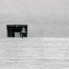 emotions black minimalism street photography