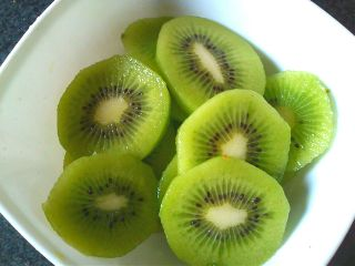 food kiwi desert fruit